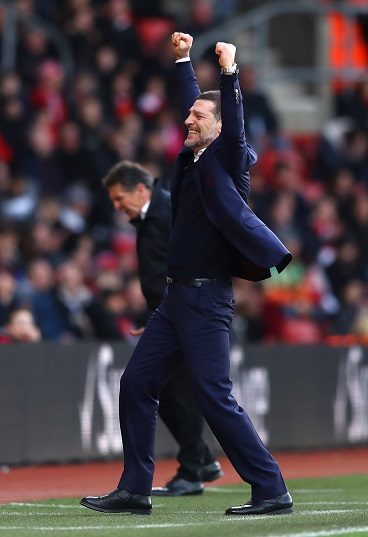 SOUTHAMPTON, ENGLAND - FEBRUARY 04: Slaven Bilic, Manager of West Ham United celebrates his team's second goal during the Premier League match between Southampton and West Ham United at St Mary's Stadium on February 4, 2017 in Southampton, England.  (Photo by Michael Steele/Getty Images)