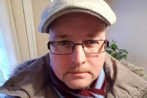 Claret And Banter >> West Ham fan spared jail for racial abuse | Claretandhugh